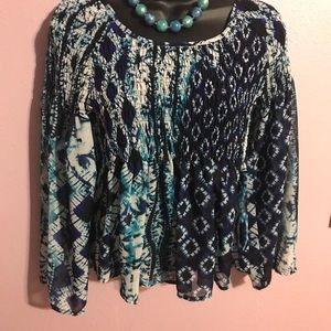 Beautiful shear top with bell sleeves